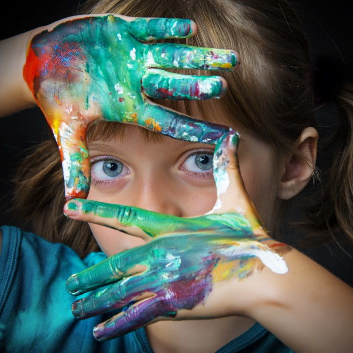 girl-with-paint-hands