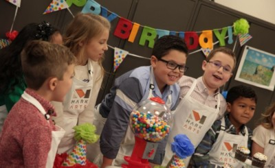 birthday party pic - kids before opening